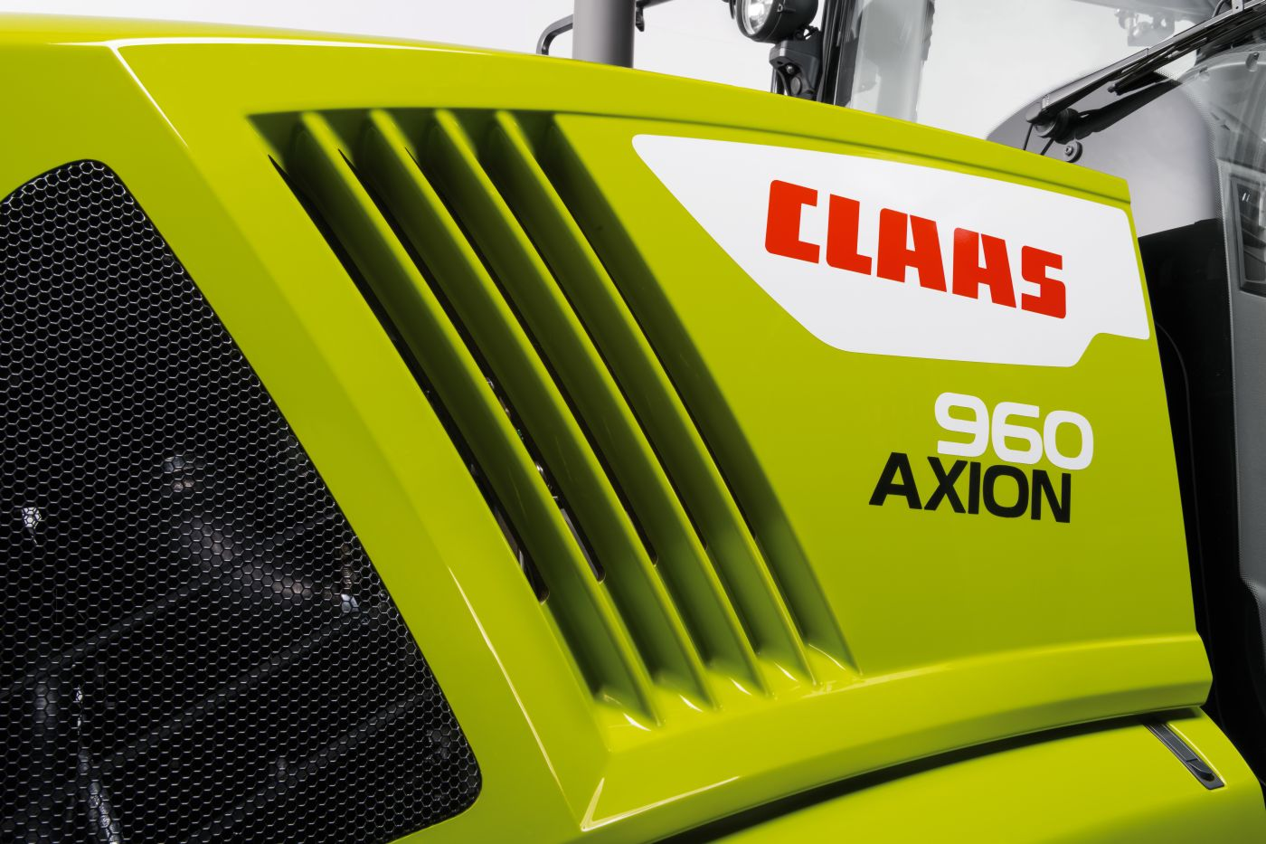 CLAAS AXION 900 Stage V 6