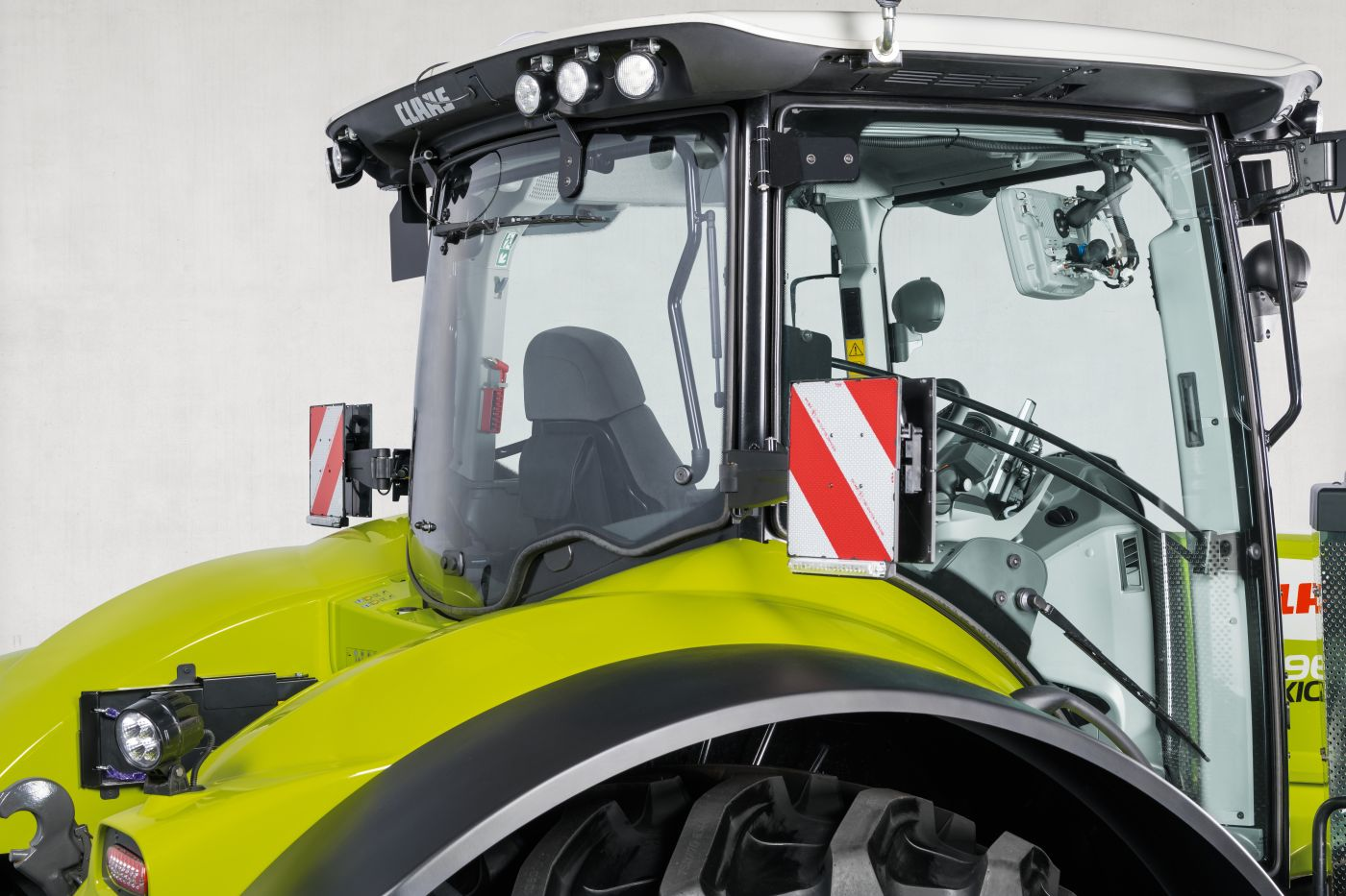 CLAAS AXION 900 Stage V 7